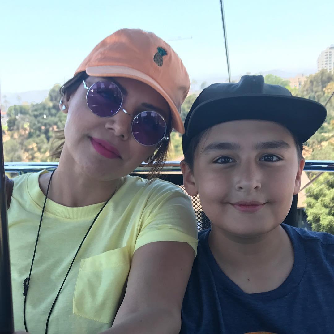 Hadiqa Kiani Latest Beautiful Clicks with her Son