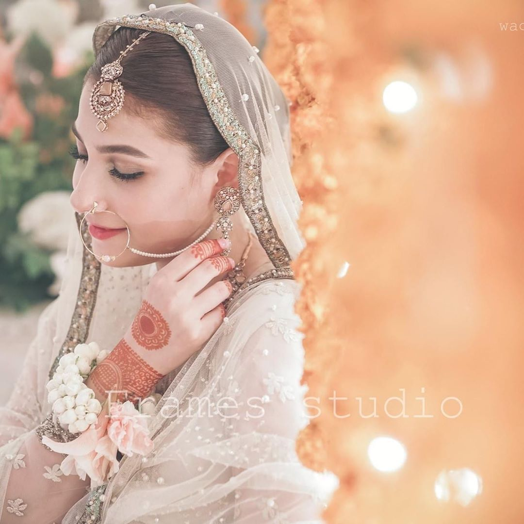New Beautiful Clicks from Hina Altaf Wedding