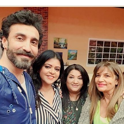 Amazing Pictures of Hina Dilpazeer with Co-Stars and Friends