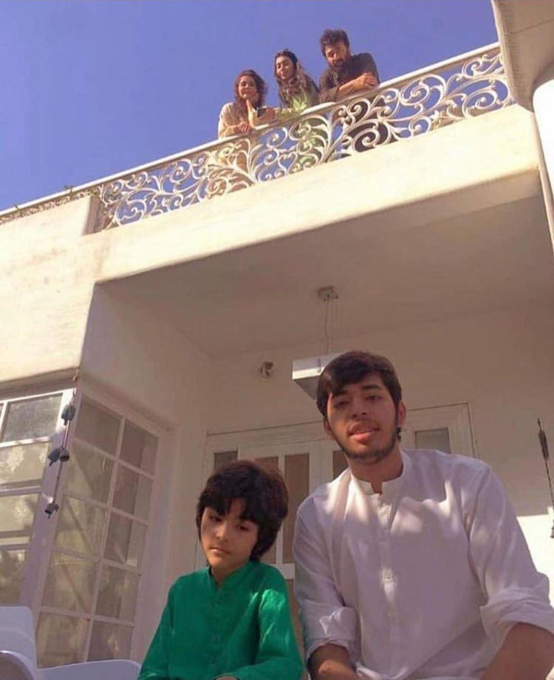 Nida and Yasir Nawaz Latest Clicks with their Kids