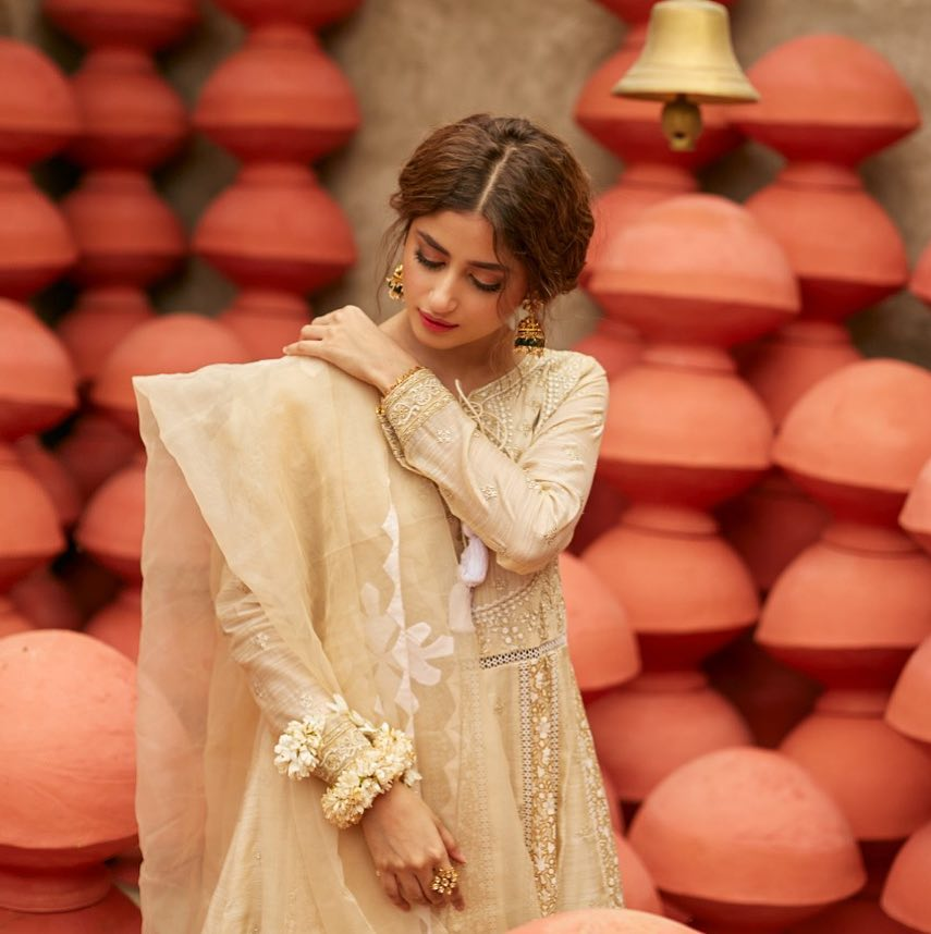 Classical Photoshoot of the Beautiful Sajal Aly in Eastern Attire