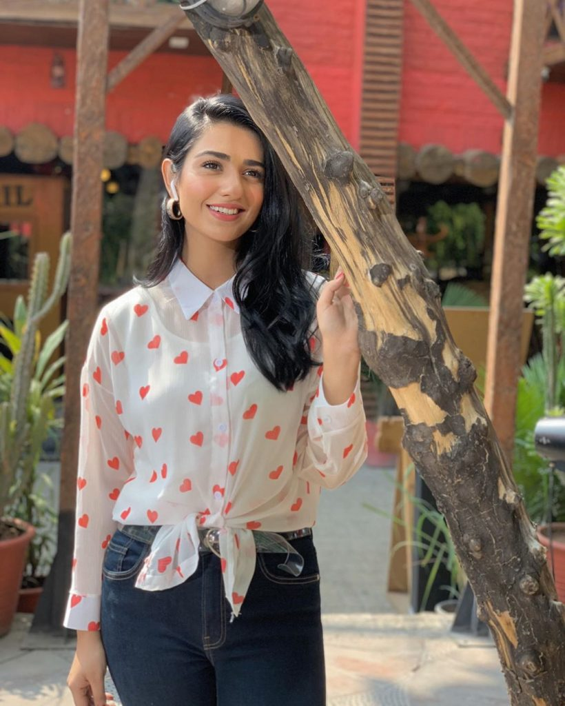 Sarah Khan's Dressing Sense Resembles Her On-Screen Character Miraal - Here is Why