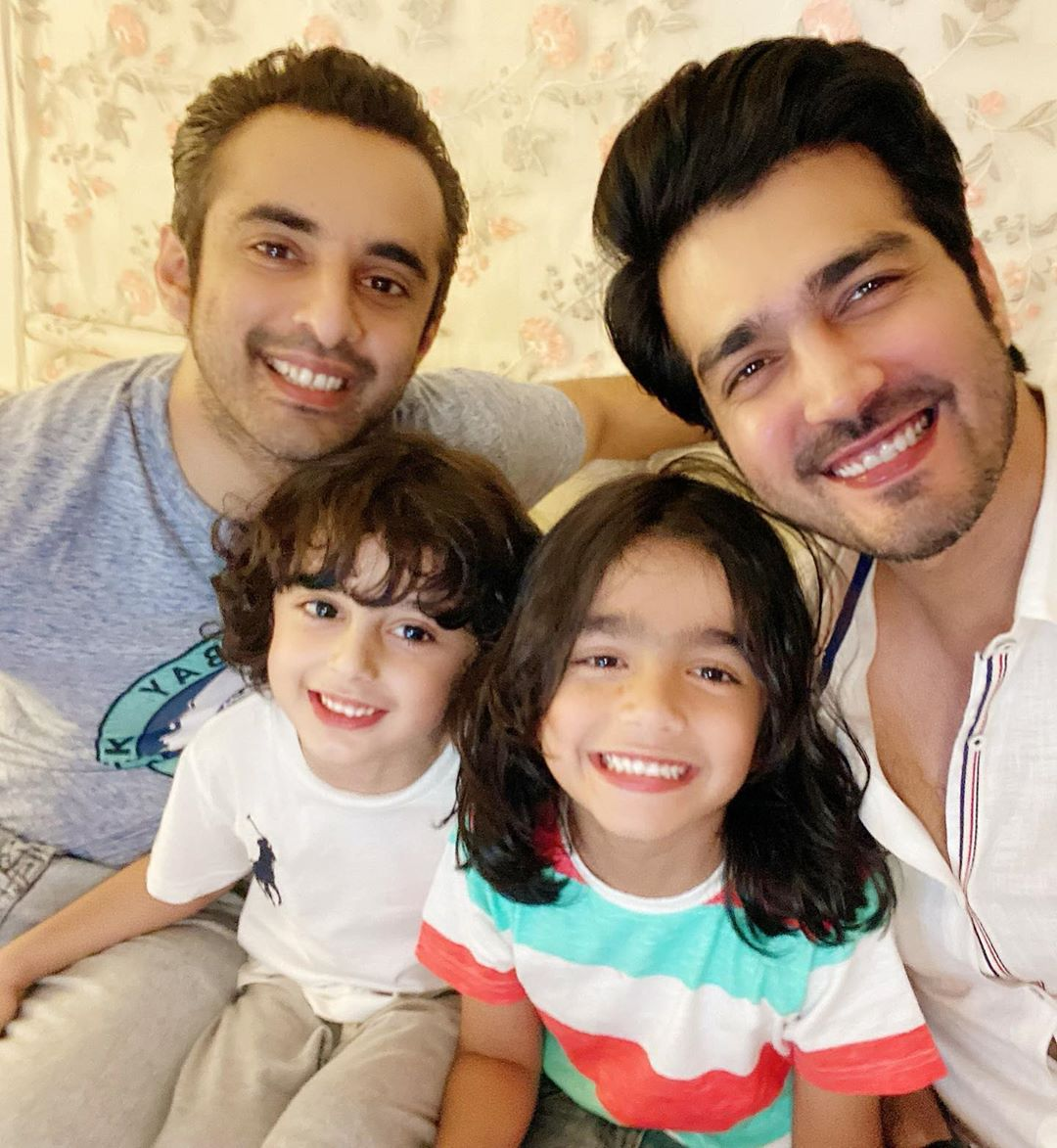 Shahzad Sheikh Latest Pictures with his Family