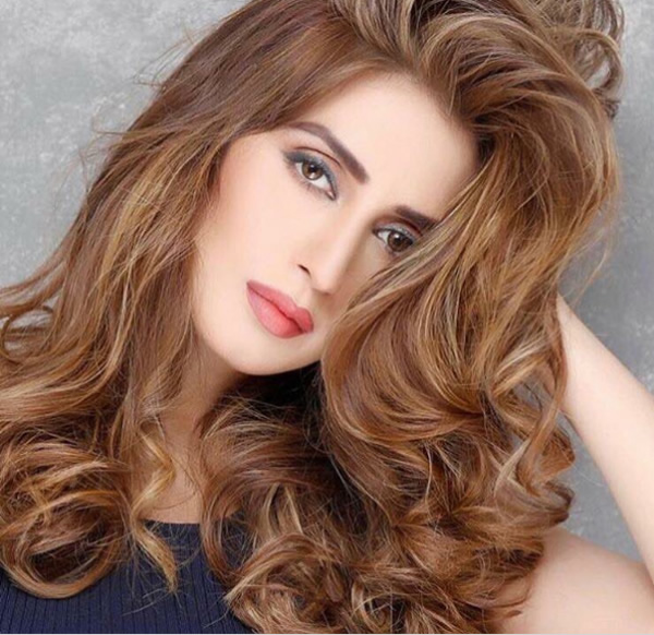 25 Sizzling Pictures Of Iman Ali - Hot and Glamorous