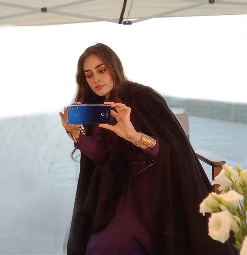 Action-Packed Advertisement Of Q-Mobile Featuring Esra Bilgic Is Here