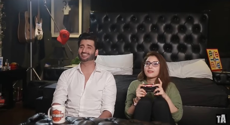 Aagha Ali Tries Vlogging With Wife Hina Altaf