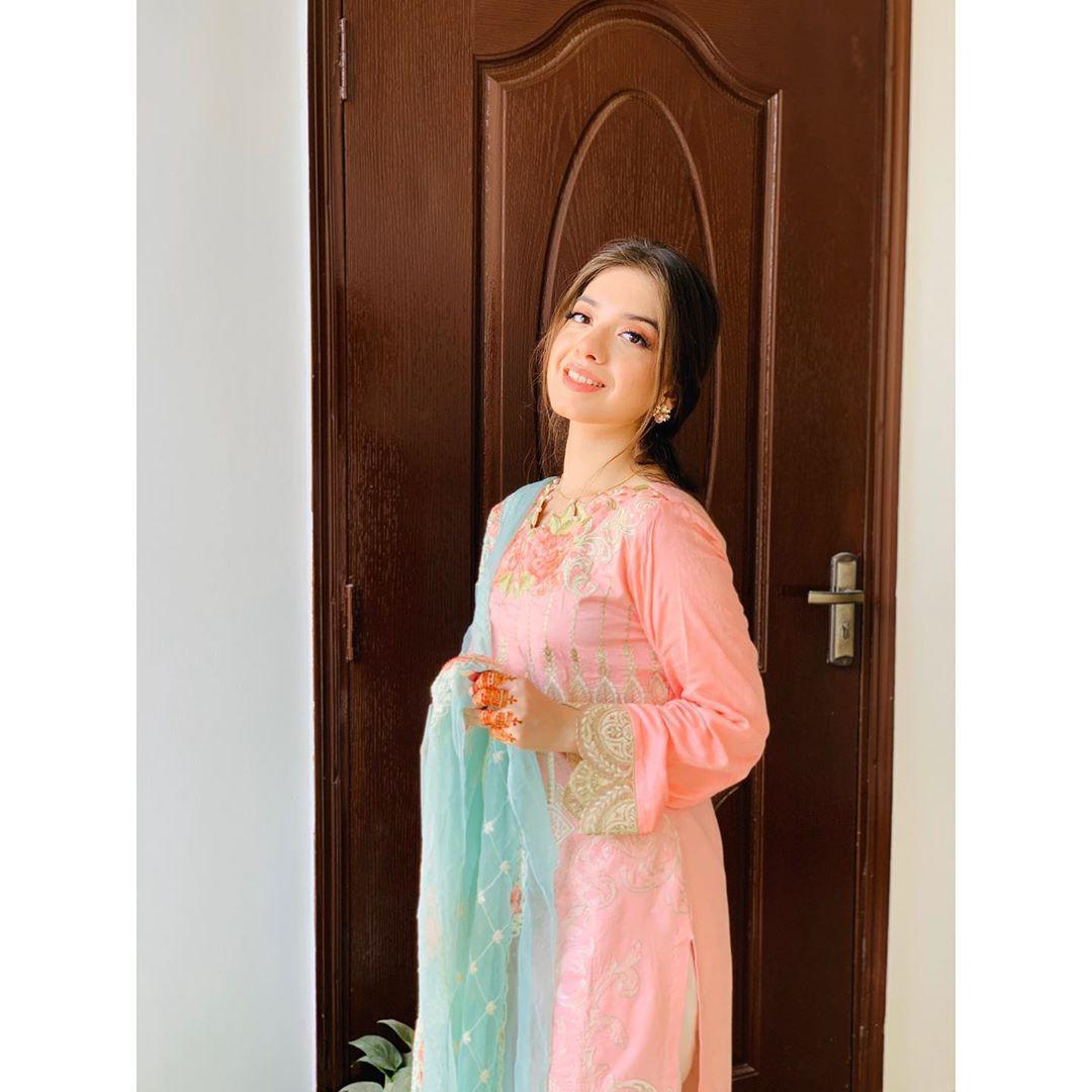 Arisha Razi Khan Latest Pictures from her Instagram