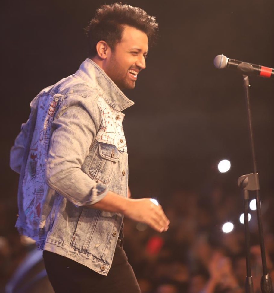 Atif Aslam Teaching Son To Play Guitar 11
