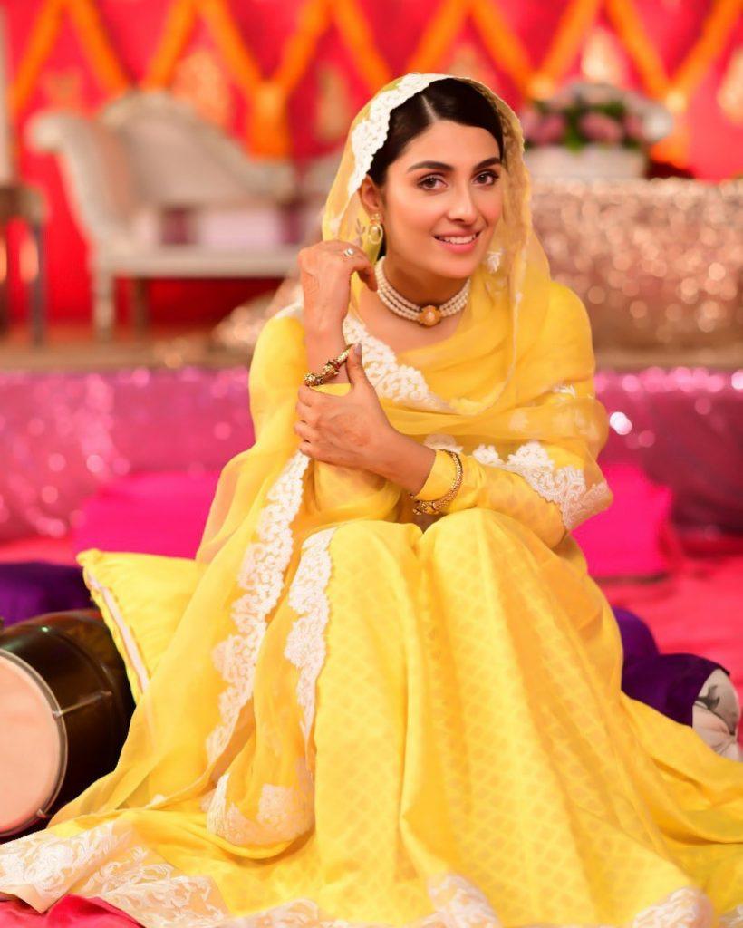 Ayeza Khan Looks Stunning In Latest Shoot 6