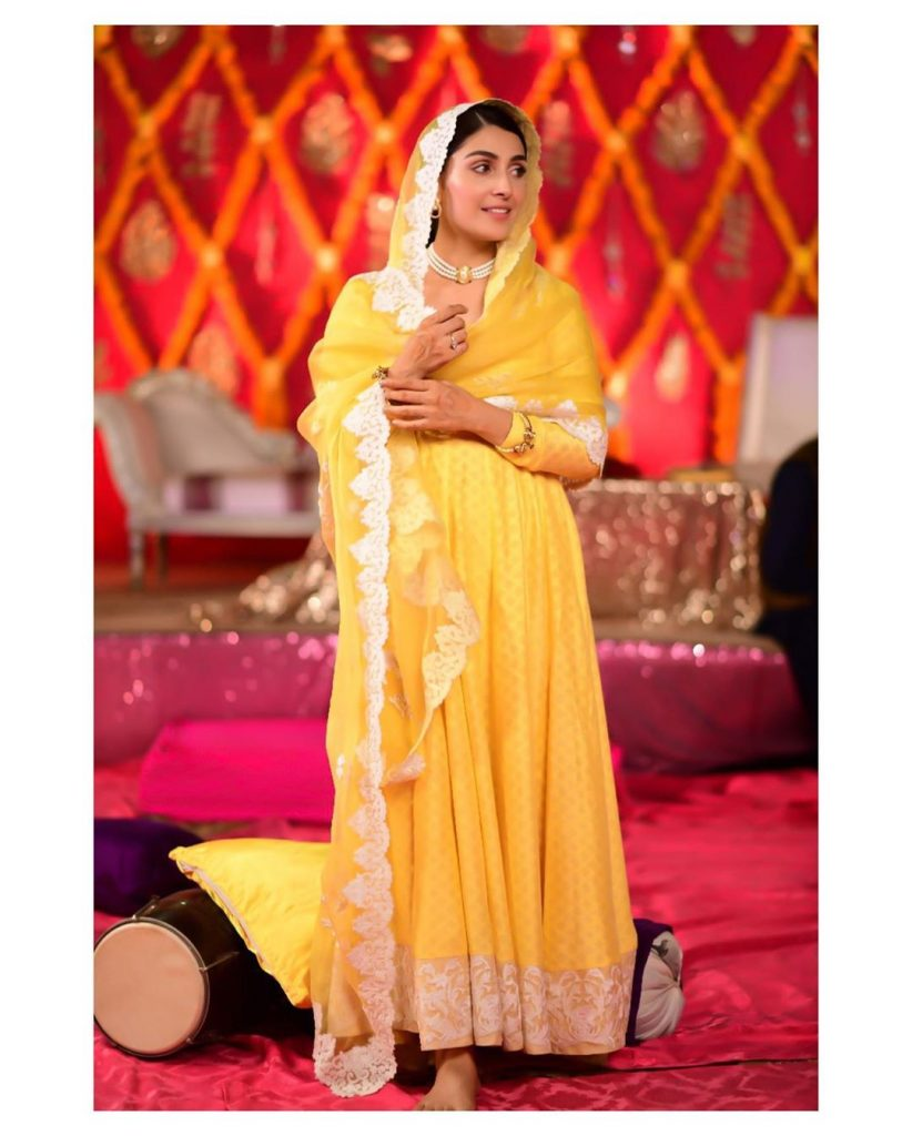 Ayeza Khan Looks Stunning In Latest Shoot 7