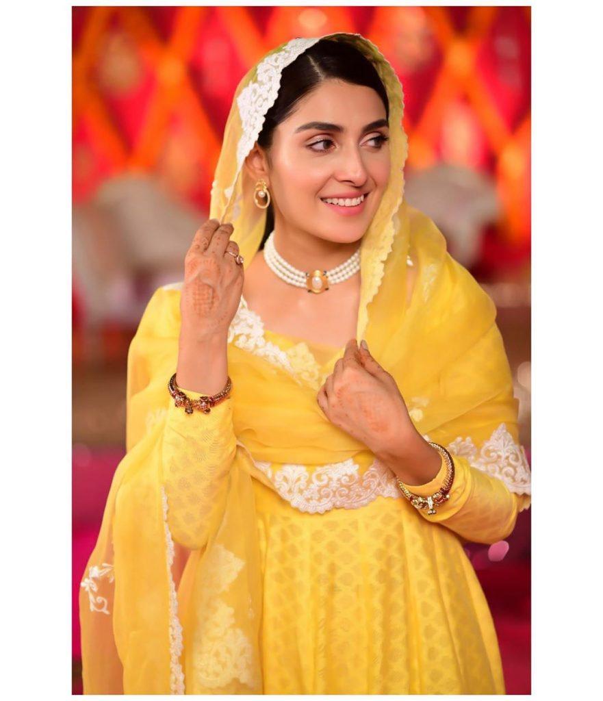 Ayeza Khan Looks Stunning In Latest Shoot 8
