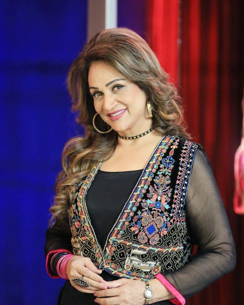 Bushra Ansari Flaunting Her Sister's Brand Outfits
