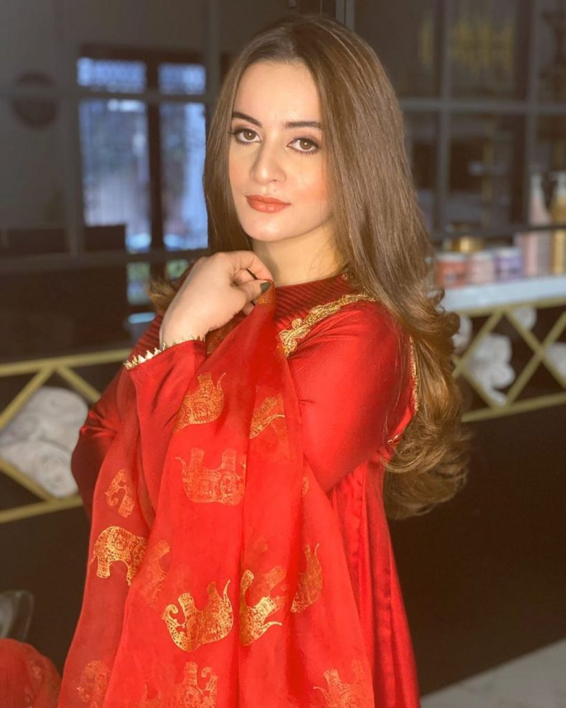Here Is How Aiman Khan Lost Weight After Pregnancy 4