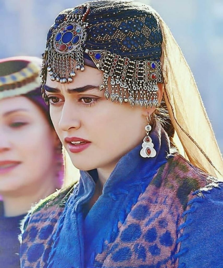 Heres The Voice Behind Halime Sultan From Ertugrul 10