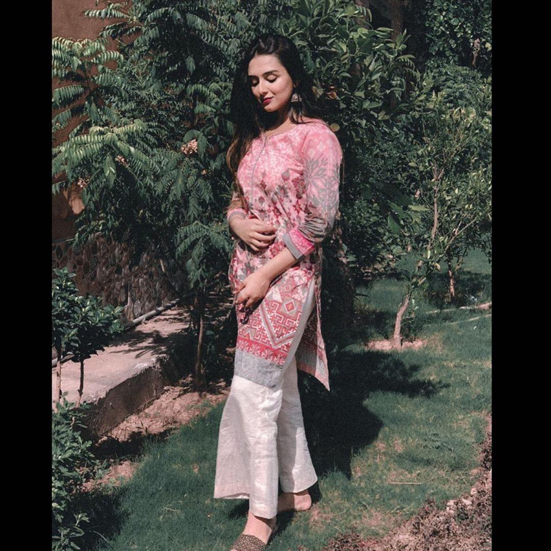 Hoorain Sabri Daughter of Late Amjad Ali Sabri - Beautiful Pictures