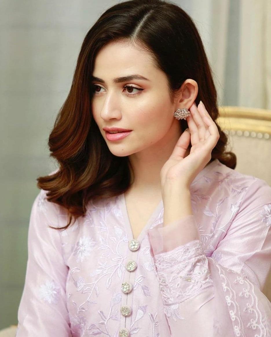 Sana Javed 1