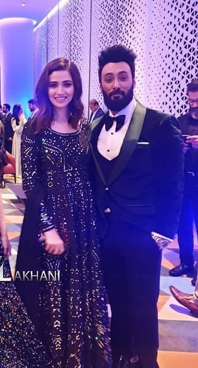 Umair Jaswal Talks About Relationship Status With Sana Javed