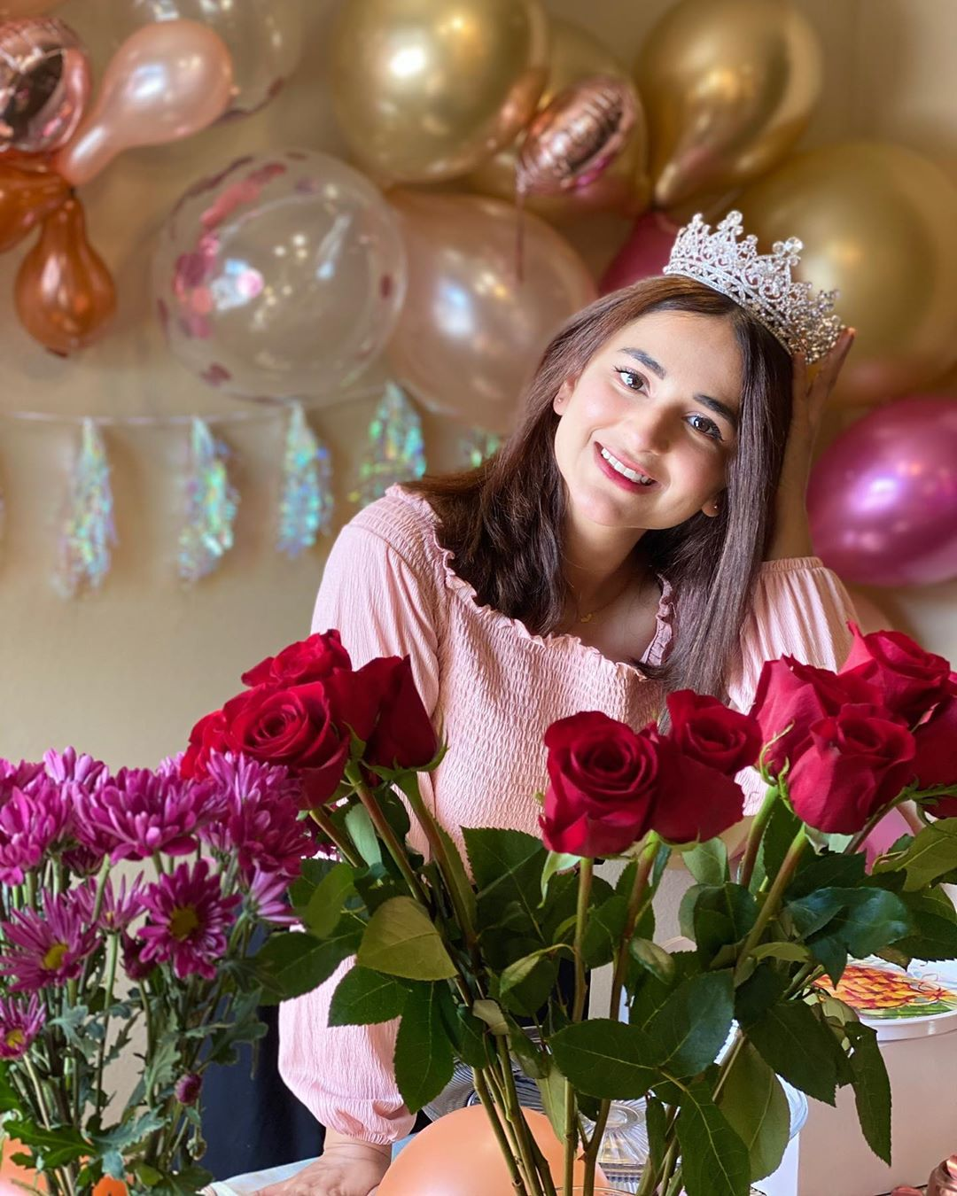 Yumna Zaidi Looking Gorgeous on her Birthday - Pictures