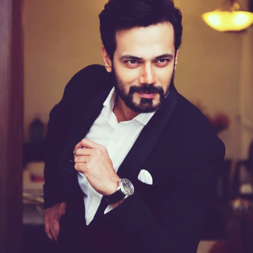 Zahid Ahmed Showing His Dance Moves 13