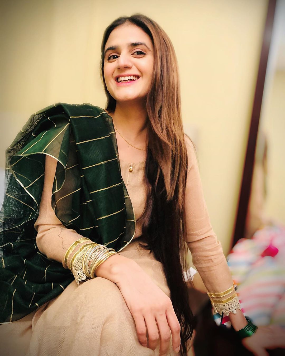 Hira Mani Beautiful Clicks with her Family