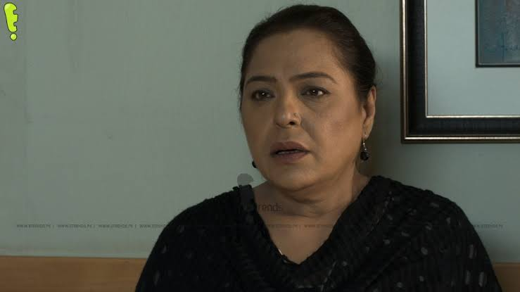 Veteran Actress Salma Zafar Thrashes Javeria & Saud Over Non-Payment By Their Production House