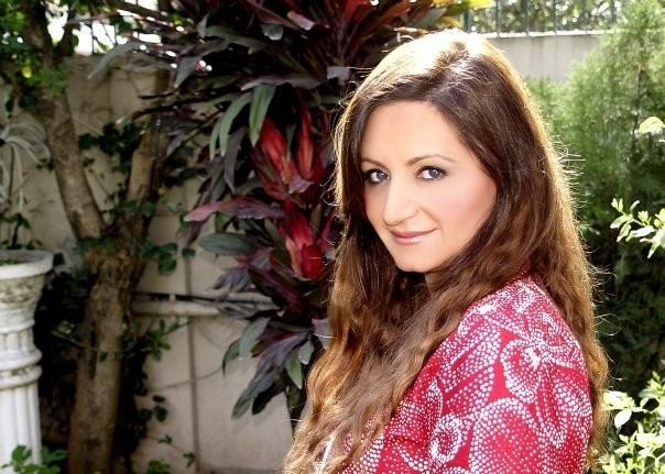 Beautiful Family Pictures of Veteran Actress Laila Zuberi