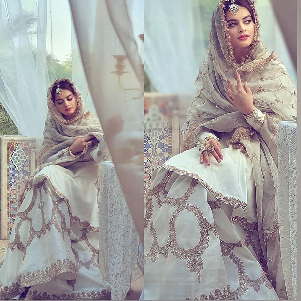 minal khan 20