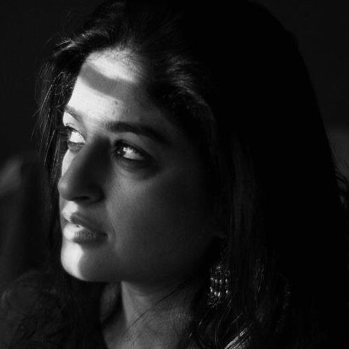 Elegant Pictures of Nadia Jamil