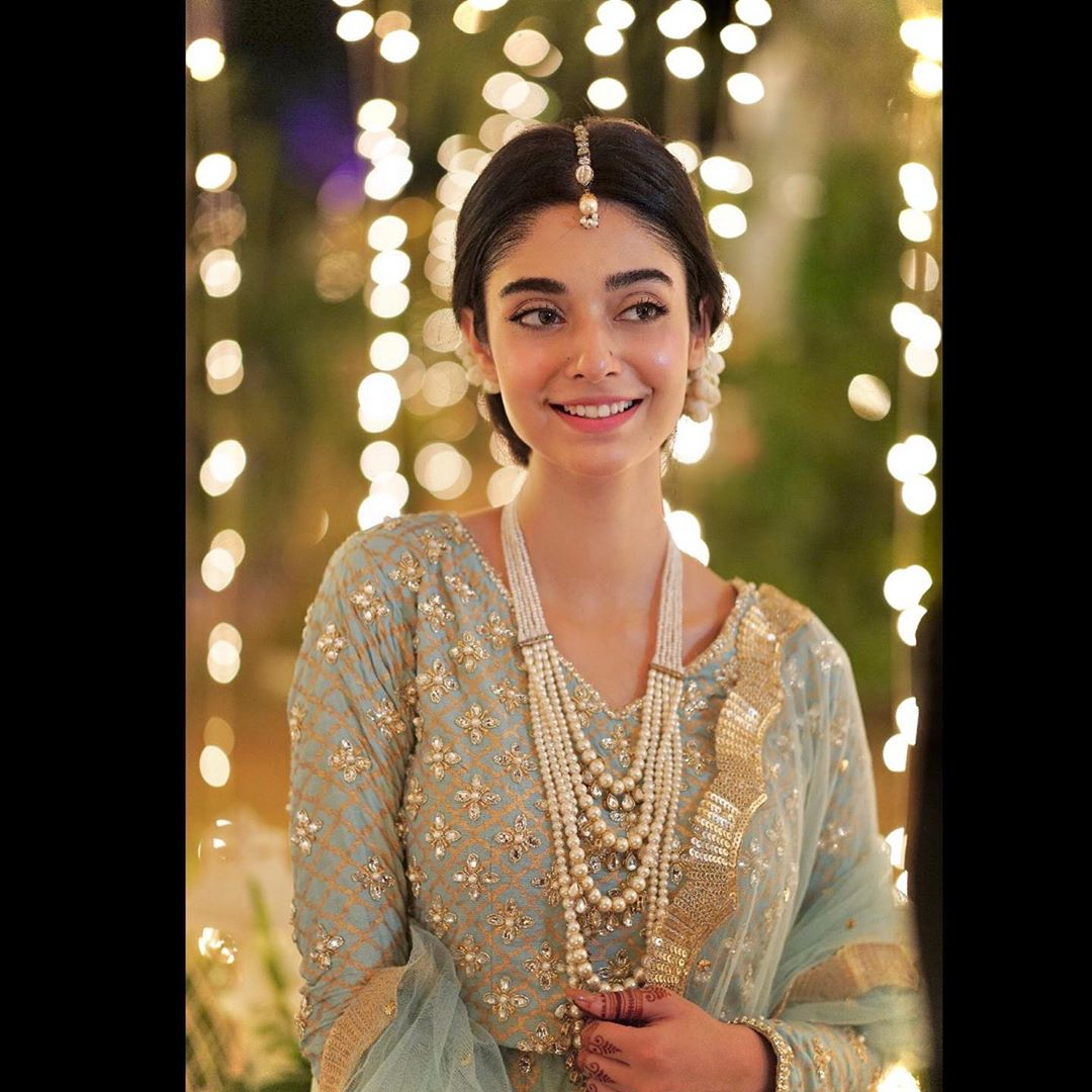 Noor Khan Beautiful Pictures from at her Sister Sarah Khan Wedding