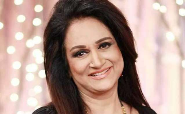 Bushra Ansari's Family is a Clan of Celebrities - Here is HOW?