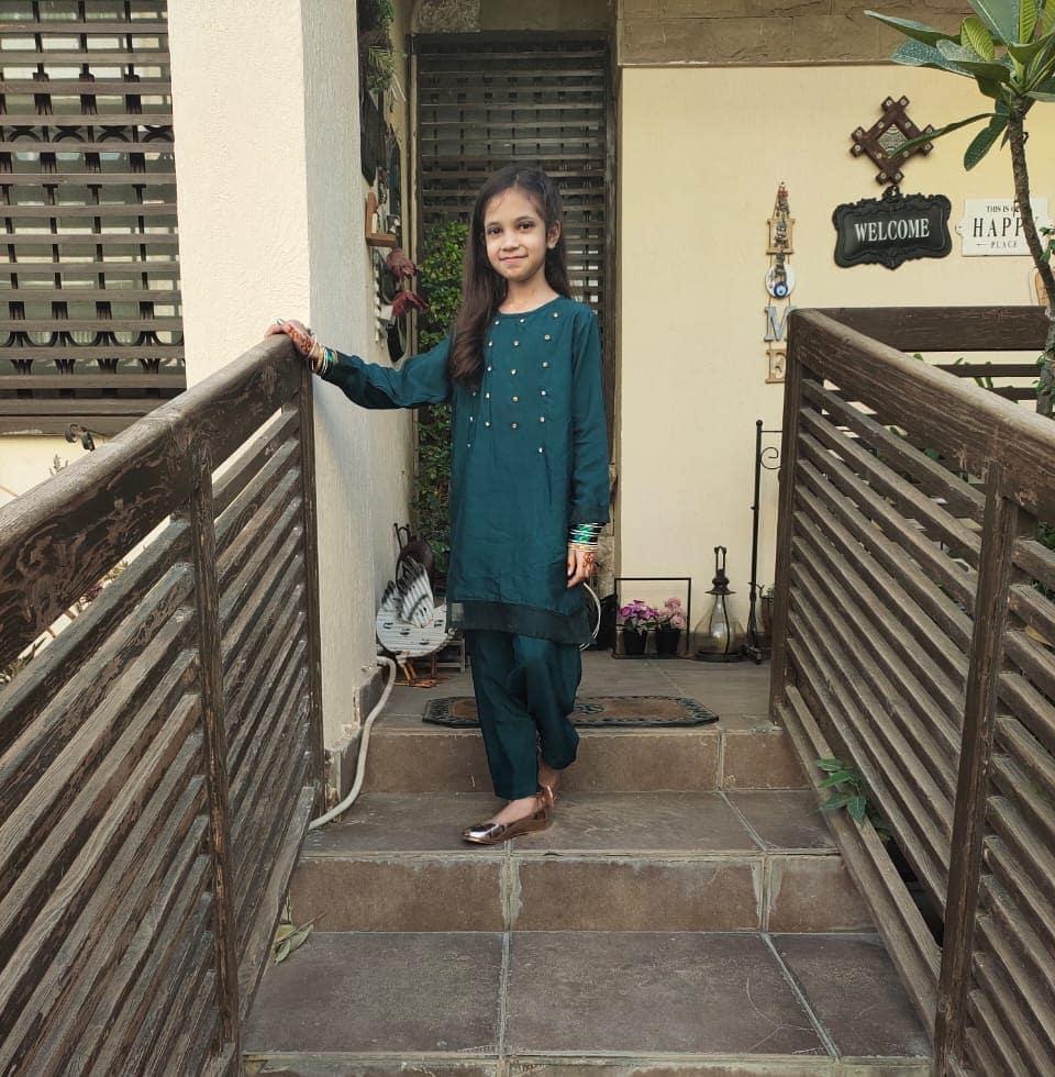 Complete Family Pictures of Sana Fahad and Fahad Mustafa