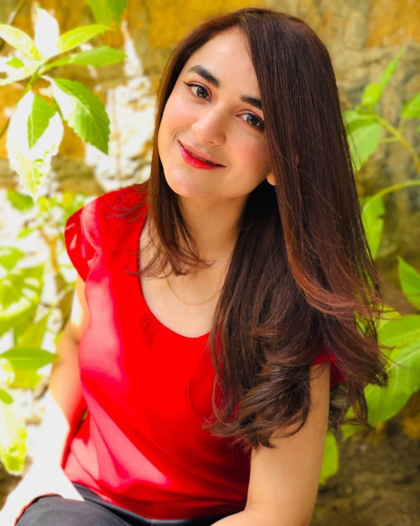 Artistic Pictures of Yumna Zaidi That Are Just Lovely