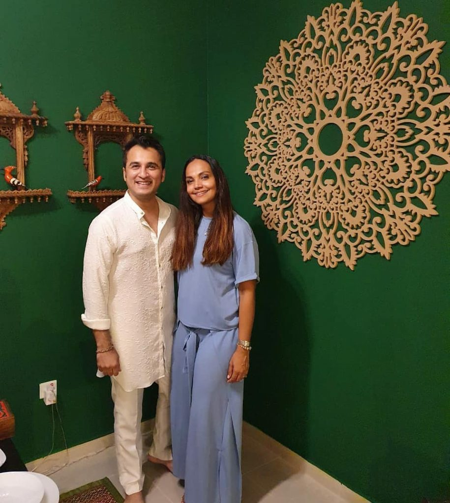 Recent Clicks Of Aamina Sheikh With Husband From Feast At Friend's House