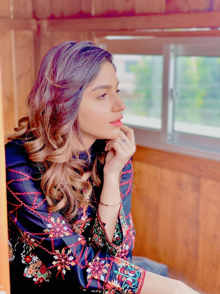 Actress Amna Malick Latest Clicks from Instagram
