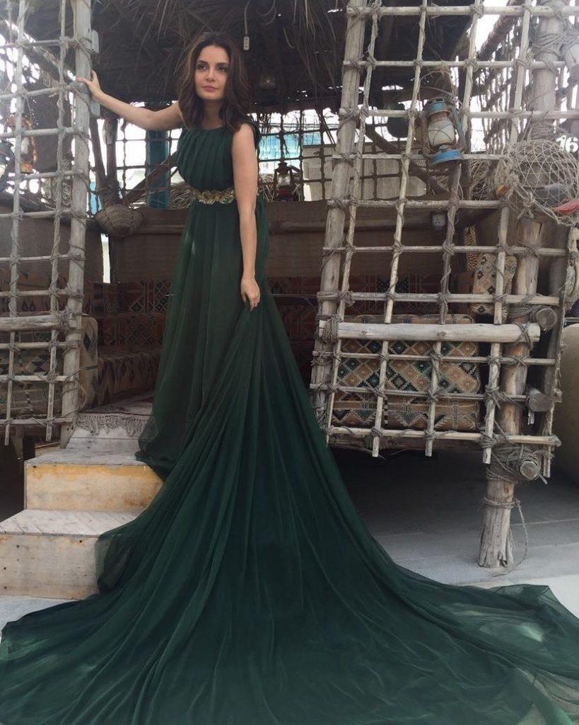 Armeena Khan Enjoys Her Time In Turkey