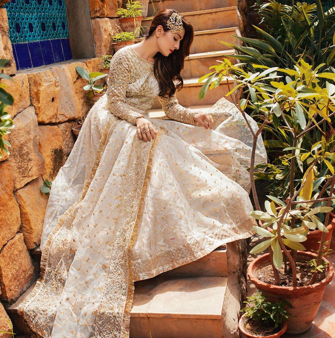 Ayeza Khan Latest Shoot for RJ-Pret