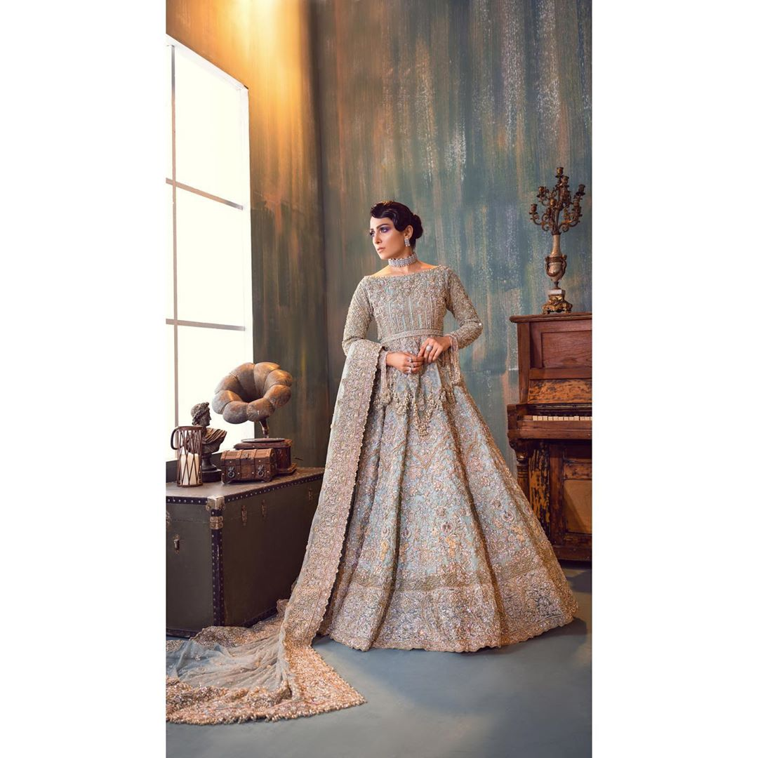 Ayeza Khan is Looking Gorgeous in this Beautiful Dress Shoot