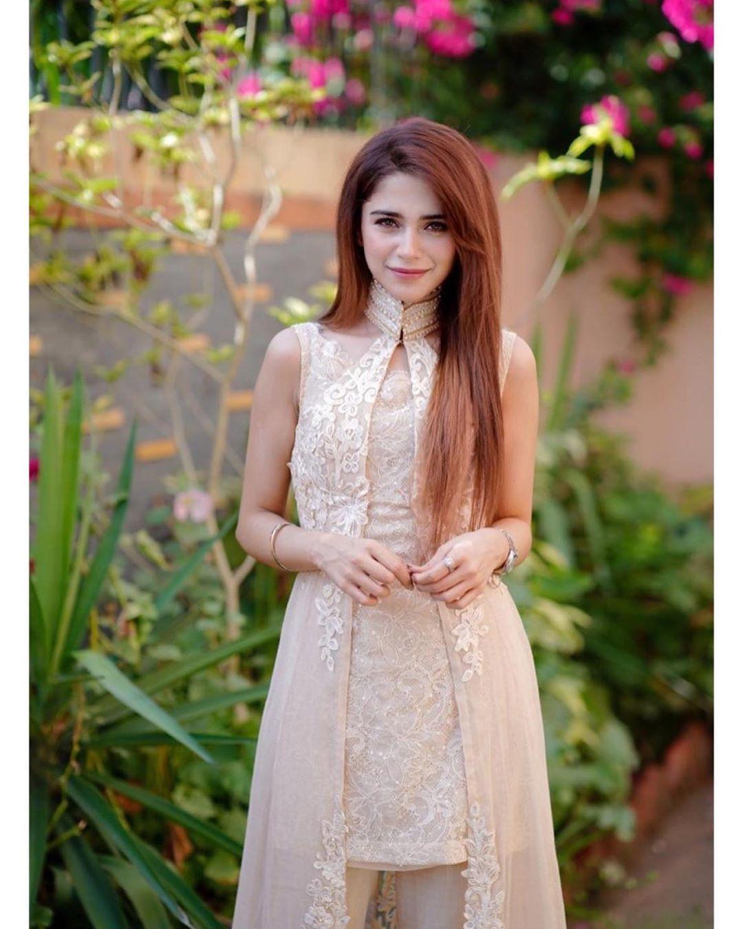 Beautiful Eid ul Adha Pictures of Pakistani Celebrities 2020 Day 2