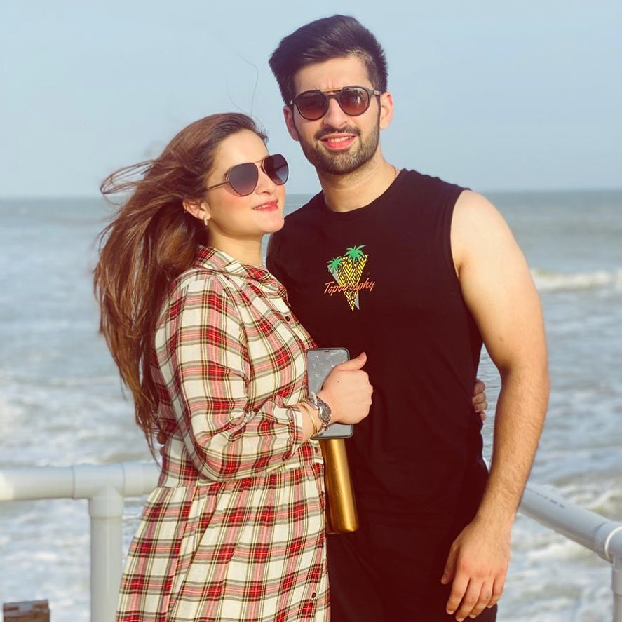 Eid Pictures Of Aiman Khan And Muneeb Butt 6