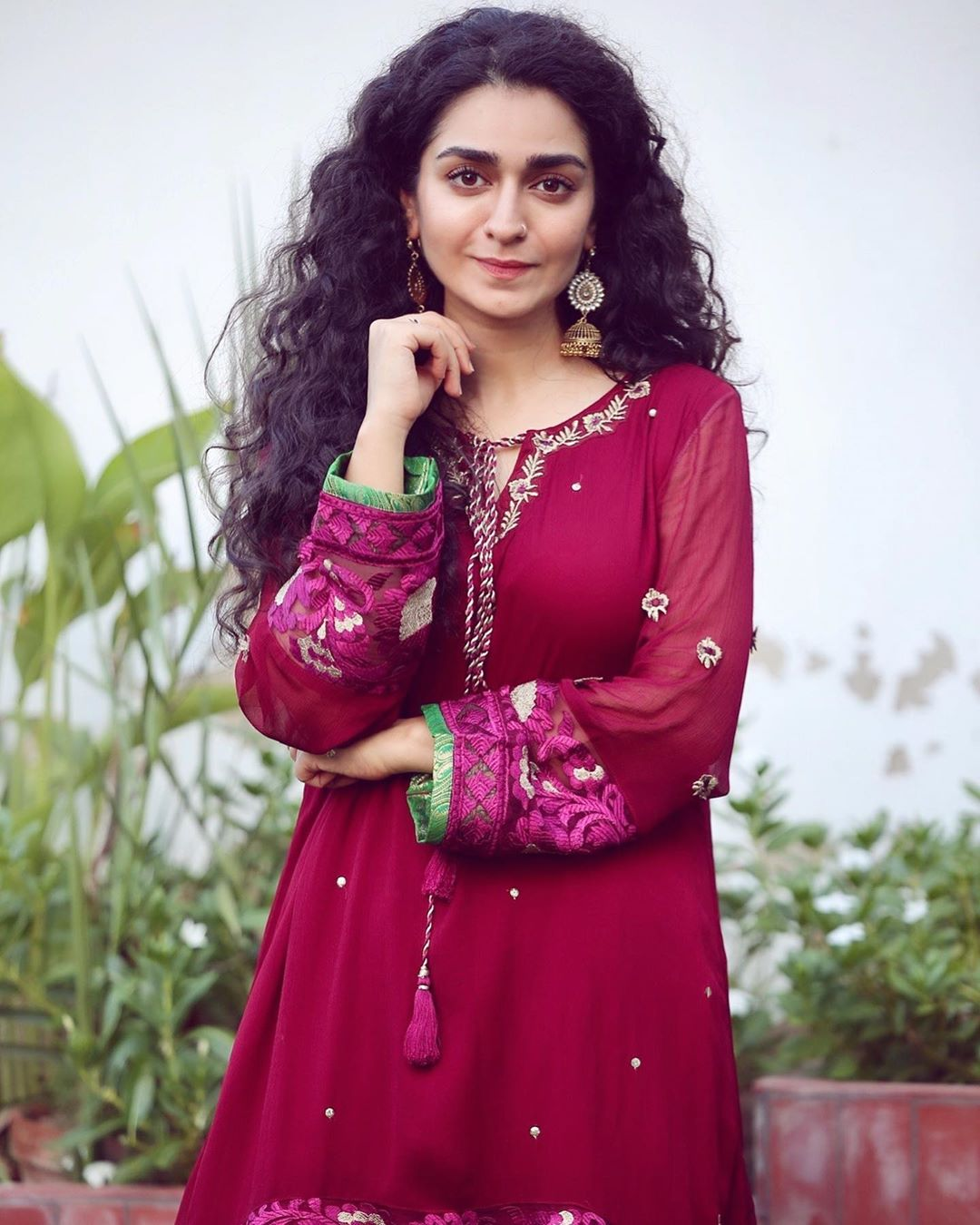 Hajra Yamin Beautiful Picture Collection from her Instagram
