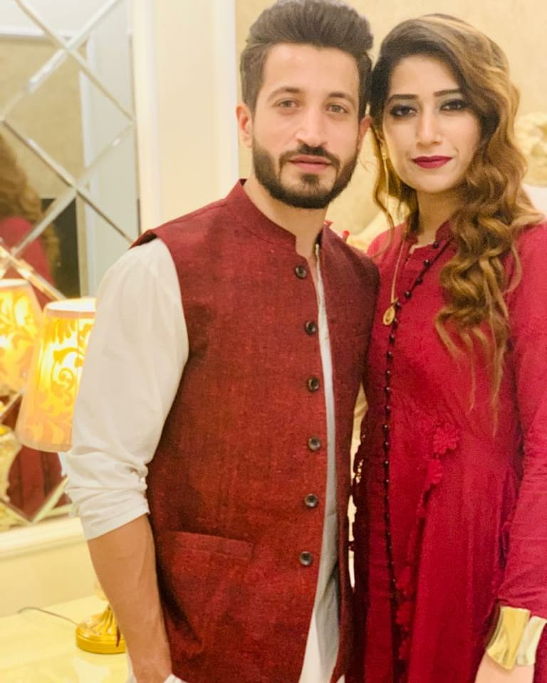 Here Are Happy Pictures Of Saba Faisal With Her Family 20