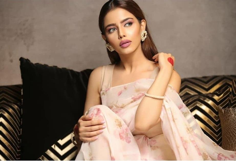 Hina Ashfaque 1