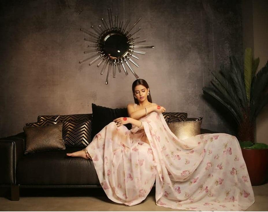 Hina Ashfaque 4