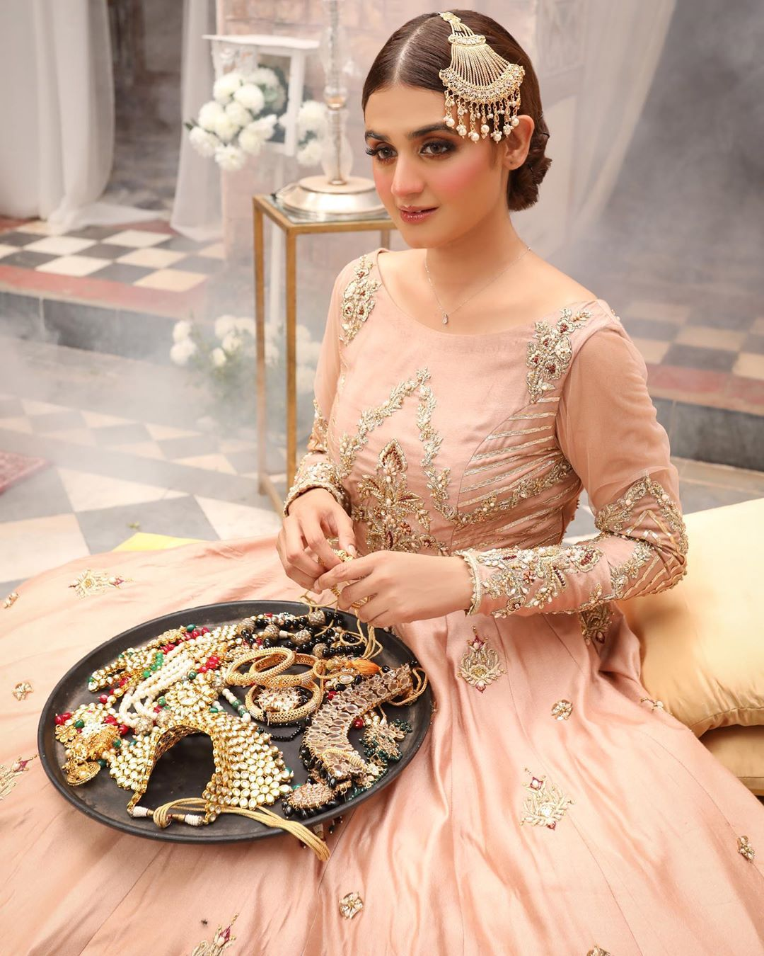 Hira Mani is Looking Beautiful and Gorgeous in Her Latest Bridal Shoot