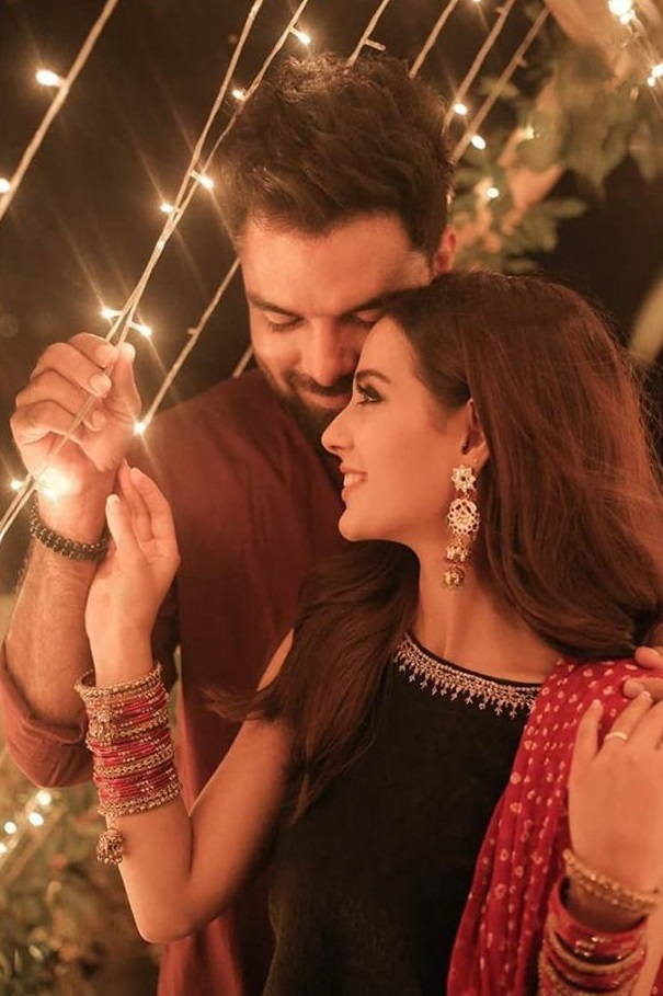 5 Special Things Yasir Hussain Does For Iqra Aziz