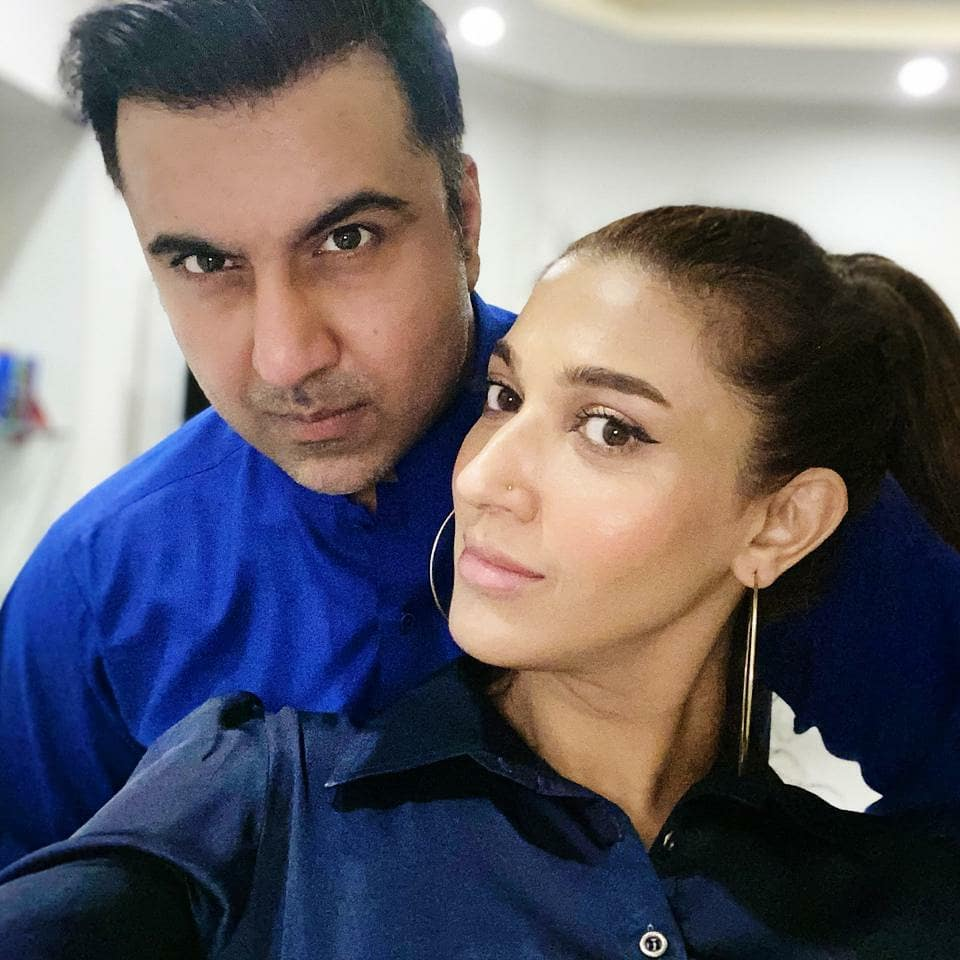 Latest Pictures Of Sana Fakhar With Husband