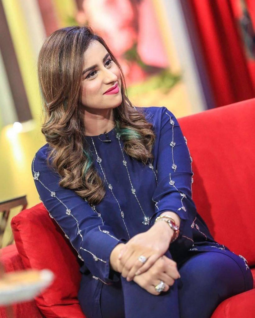 Madiha Naqvi Looks Elegant In Latest Pictures