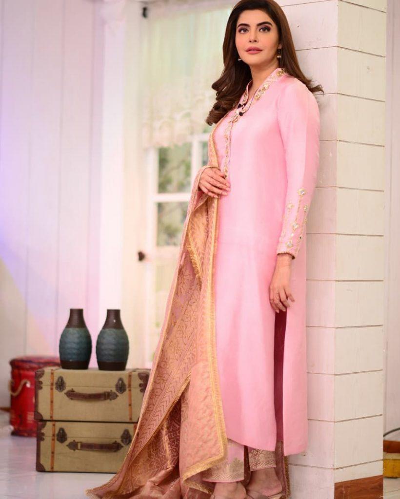 Nida Yasir Looks Elegant In Latest Pictures