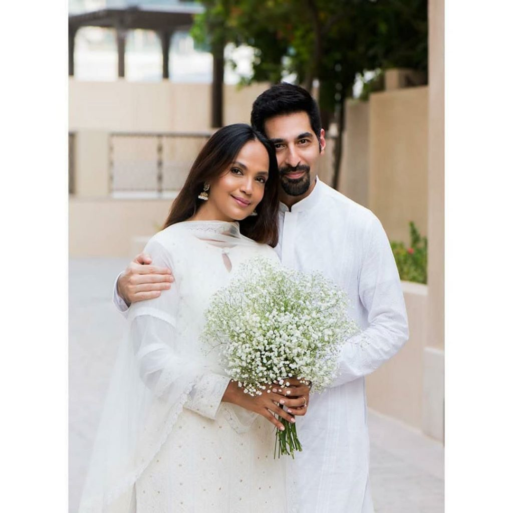 Pictures Of Aamina Sheikh With Husband From Their Wedding 5