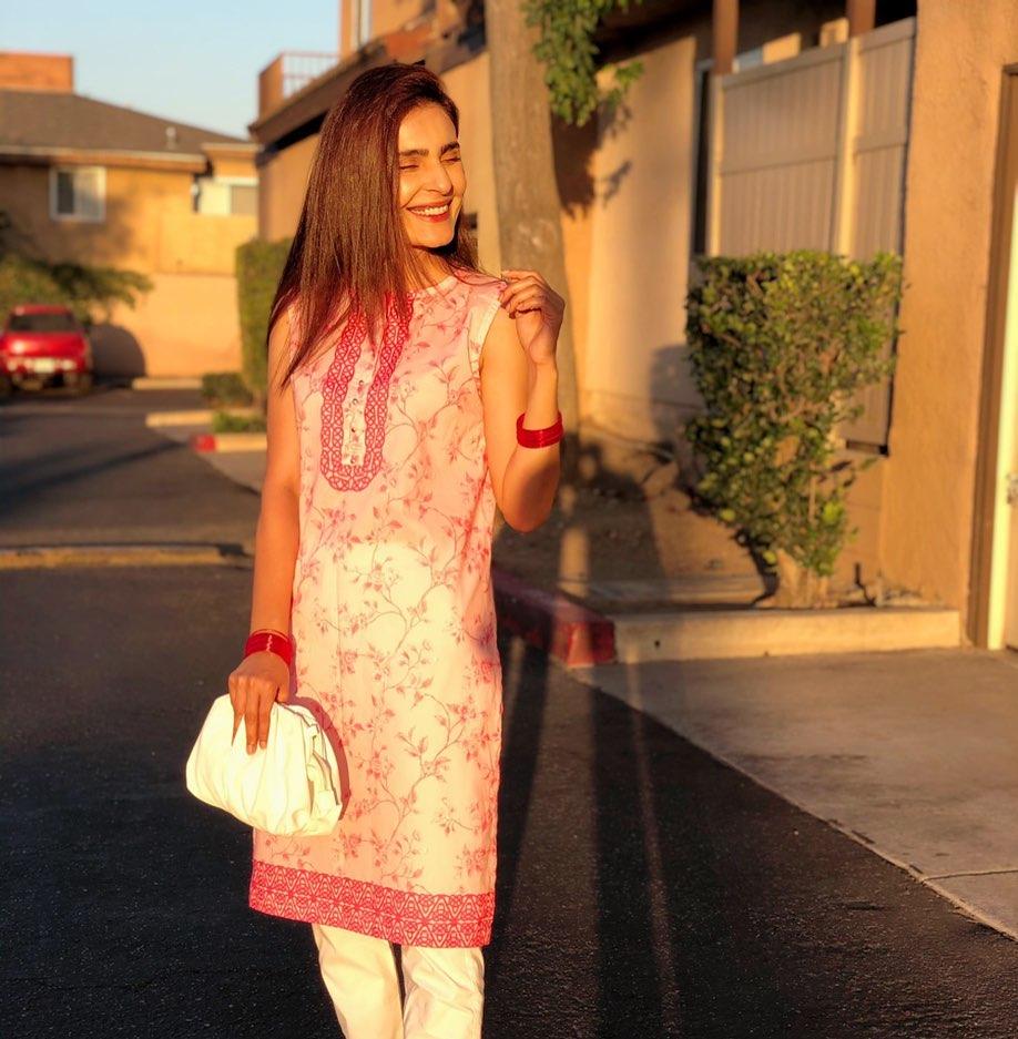Actress Sadia Ghaffar Latest Beautiful Pictures